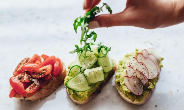 Czy warto skorzystać z pomocy dietetyka w odchudzaniu?